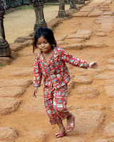 Child skipping, Banteay Srei Temple